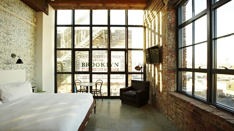Wythe-Guestroom-2-Adrian-Gaut