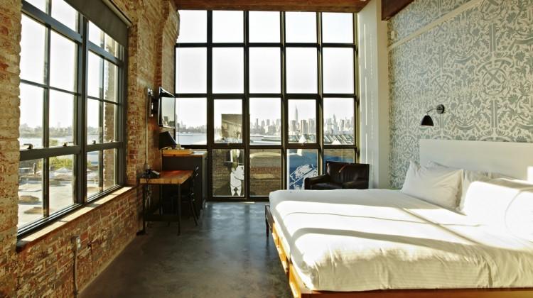 Wythe-Guestroom-Adrian-Gaut