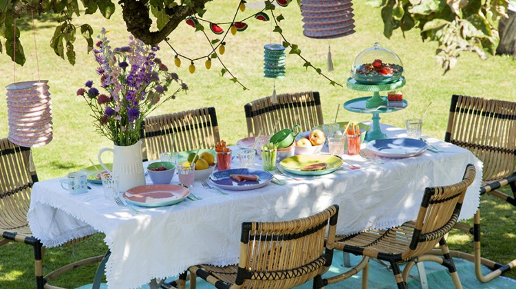 garden party, przyjęcie w ogrodzie